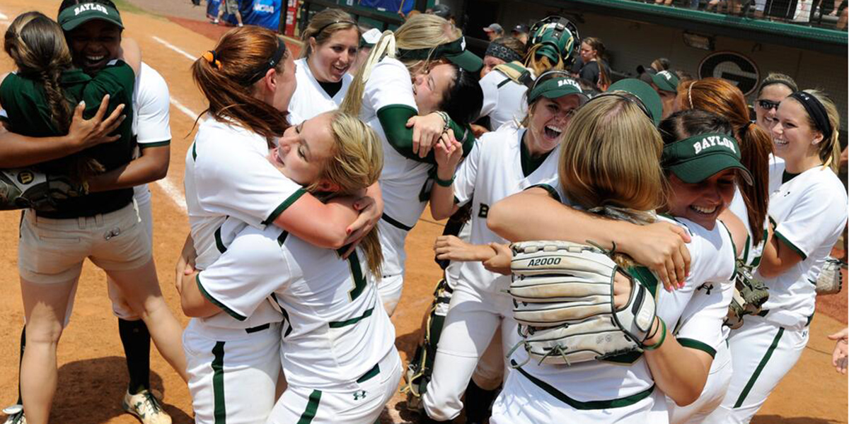 Baylor softball celebrates win at Georgia